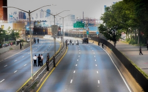 NYPD closed the FDR and later filled it with people