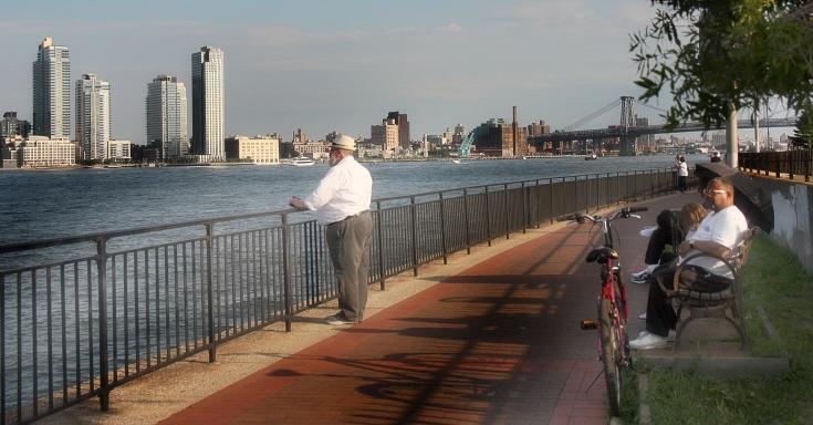 IMG_9064 East River Promenade