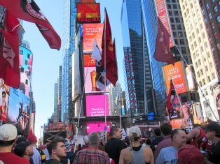 0 20170923 IMG_9603 7sD GAME DAY IN TIMES SQUARE