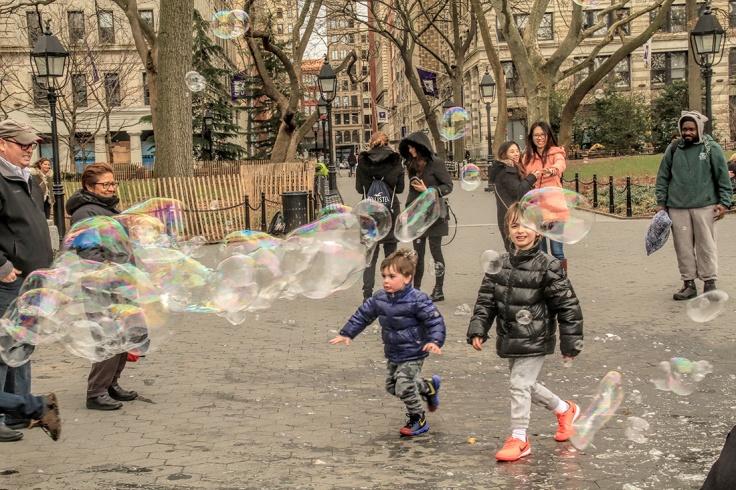 20170401 IMG_8121_7D EF18-135 bubbles sm