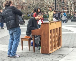 20180330 IMG_8343 IPHONE musicians in washingtons sq sm
