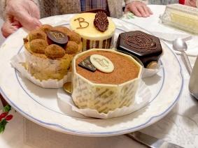 IMG_2957 cakes sm