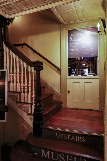 20180922 IMG_4541 7D stairs to museum fraunces tavern sm